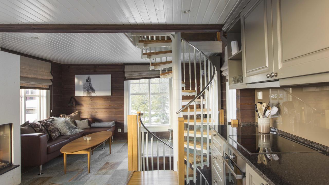 Kjøkken mot stue i anneks på Mosetertoppen Panorama